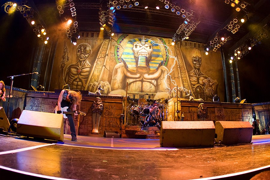 Somewhere back in time iron maiden
