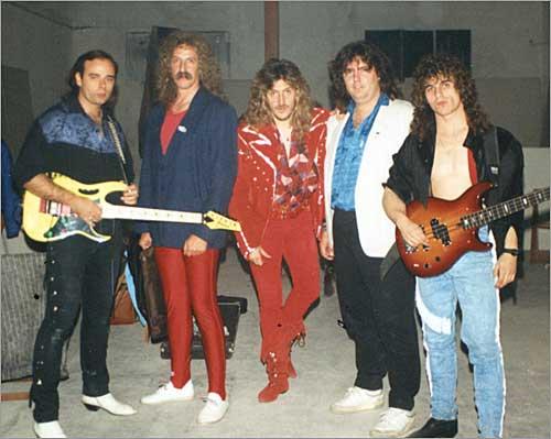 Ñu con Kike Ballesteros (segundo por la izquierda)